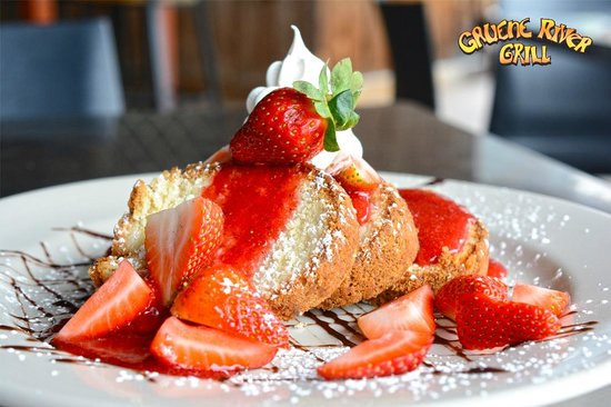 Gruene River Grill: Strawberry Shortcake