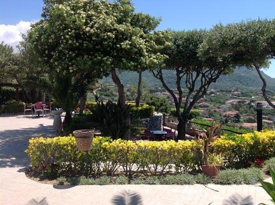 Hotel Residence Sciaron: Территория отеля Sciaron