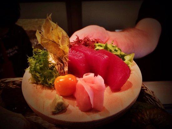Kitsune Sushi Bar : Maguro sashimi.