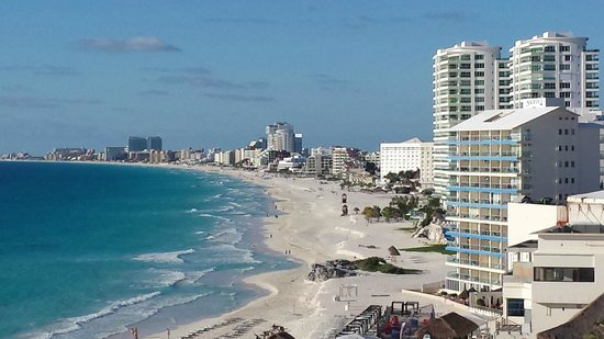 Krystal Cancun : view from the balcony