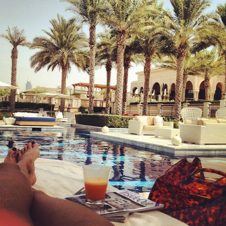 One&Only The Palm Dubai: Pool relax