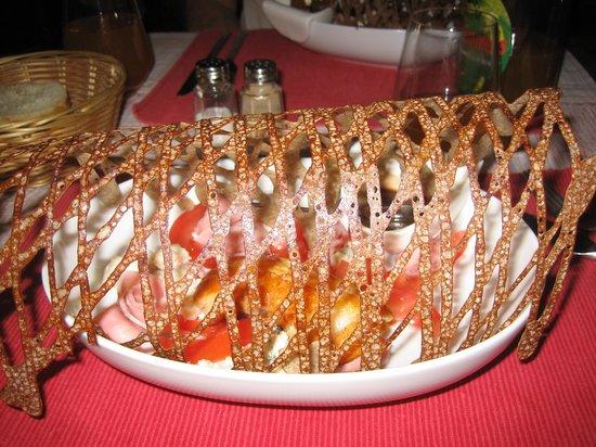 La Creperie du Chateau : Salade avec dentelle de galette