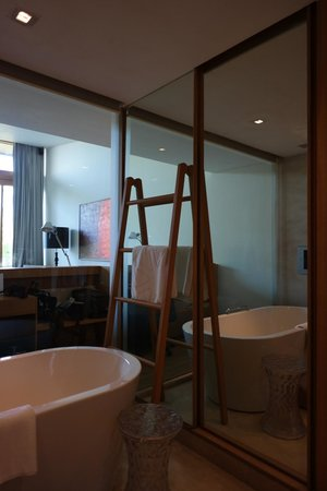 Vivanta by Taj - Fisherman's Cove: view from bathroom to bedroom