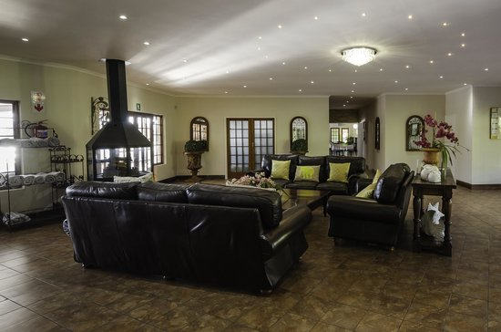 St Ives Lodge & Restaurant: Reception