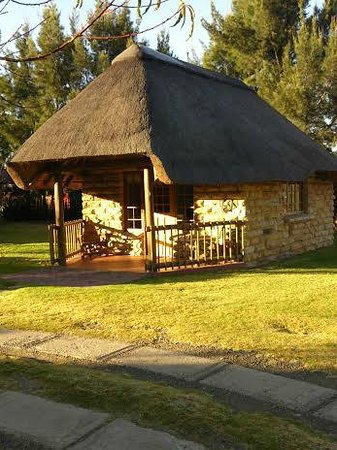 Lala Nathi Country Guesthouse : Orchards Chalet in the sun