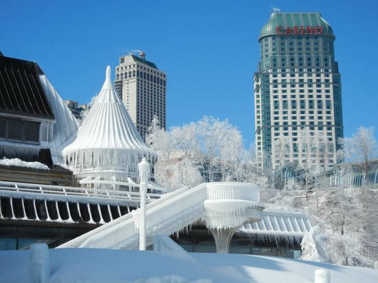 Niagara Falls : Canadian Visitor Center