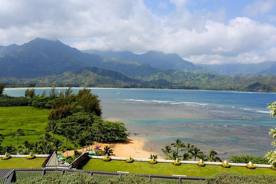 St. Regis Princeville Resort : View from the hotel to Hanalei Bay.