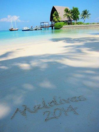 Shangri-La's Villingili Resort and Spa Maldives: View at Breakfast