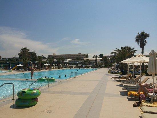 Lyttos Beach Hotel : Main pool