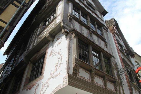 Hotel Hannong: Buildings