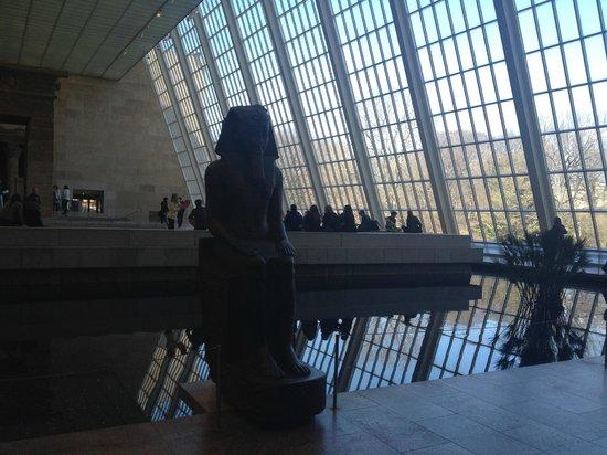 The Metropolitan Museum of Art: Estátuas com vista para o Central Park