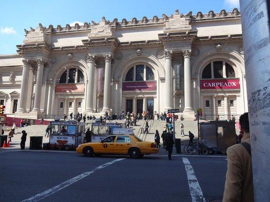 The Metropolitan Museum of Art: Ele!