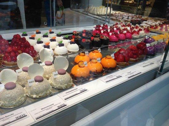 Cafe Maelu: More Cakes!