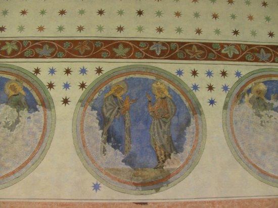 Eglise protestante Saint Pierre le Jeune: Frescos in the cloister