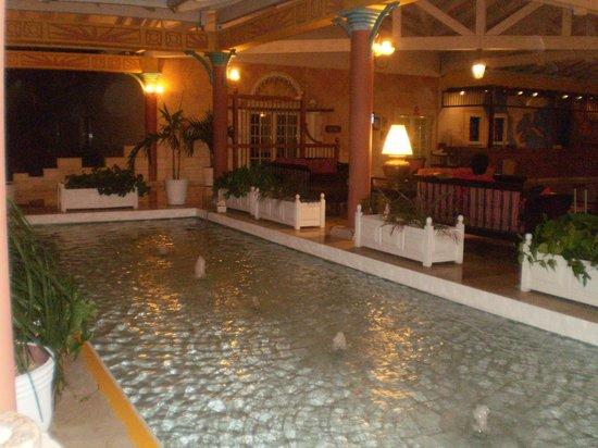 Melia Las Dunas: Entrada del Hotel