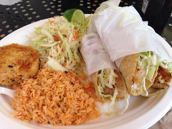 Pelly's Fish Market & Cafe: Crab cake,
