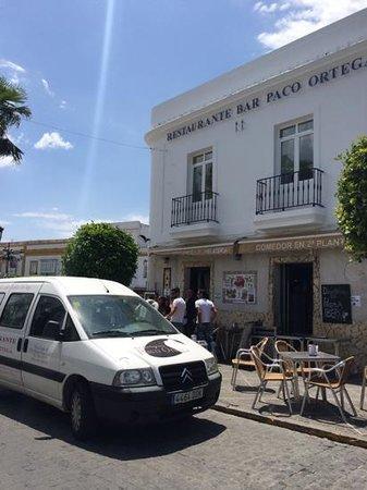 Restaurante Bar Paco Ortega: lovely,lively restaurant