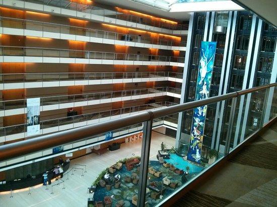 Hilton Buenos Aires: Vista na saída do quarto - 5º andar