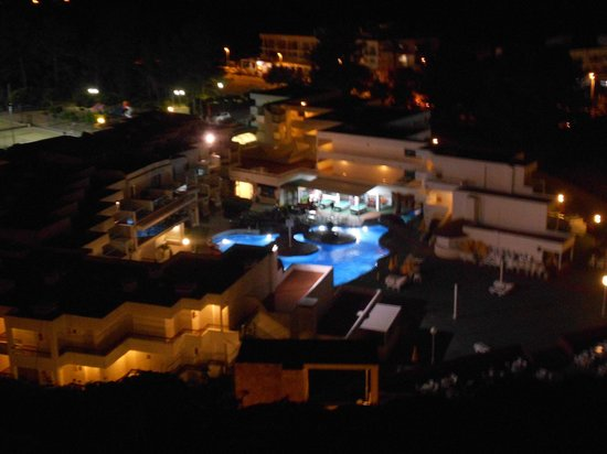 Hotel Club Cartago: piscine