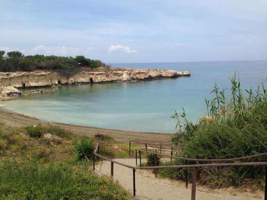 Malama Beach Holiday Village: the hotel beach