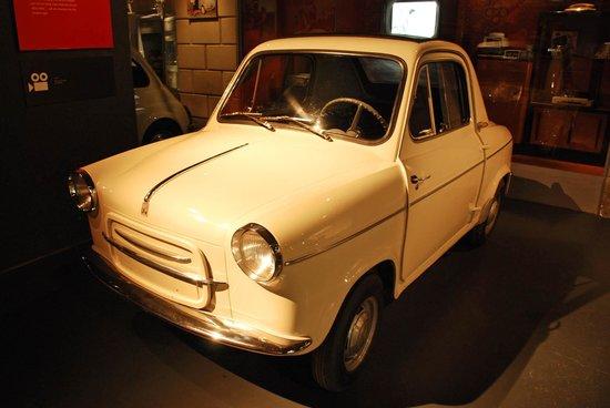 Museo Nazionale dell'Automobile : That's the Vespa 400