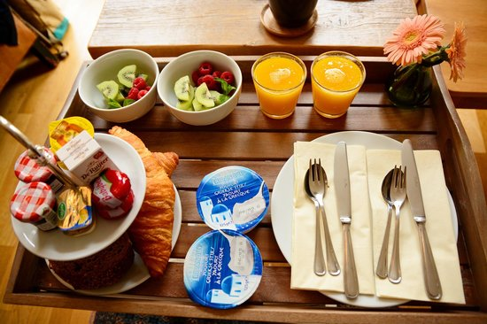 Le Quartier Sonang: Breakfast delivered to the room every morning