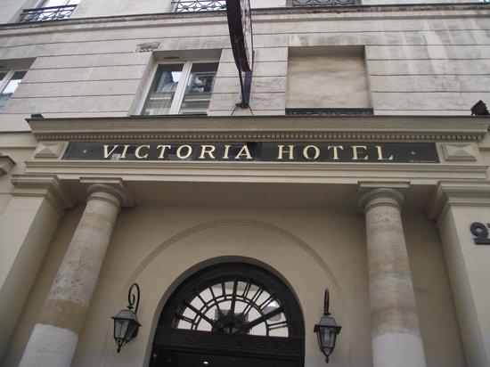 Victoria Hotel : Front entrance