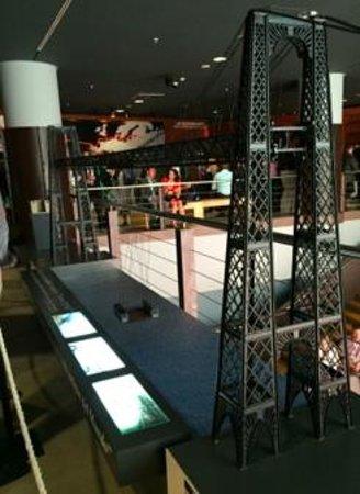 Museo Marítimo Ría de Bilbao: 世界遺産ビスカヤ橋の模型