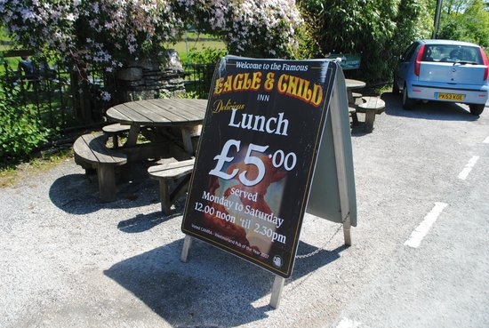 The Eagle and Child Inn: Special offers available at lunchtime