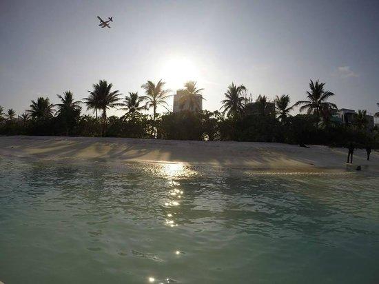 Airport Beach Hotel: While i had a swim at the beach