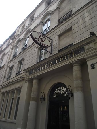 Victoria Hotel: Front entrance
