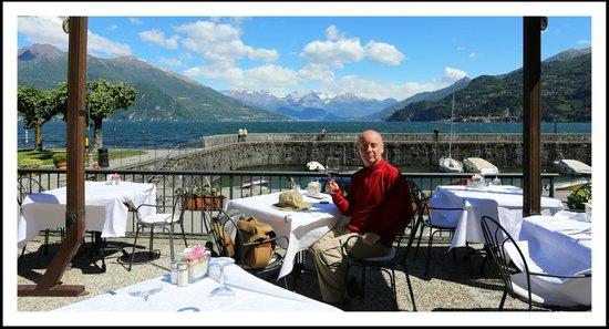 Ristorante La Punta : ...having a 'cheeky' early glass of vino rosso...