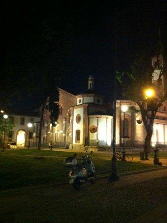 Sant'Eustorgio: The piazza outside
