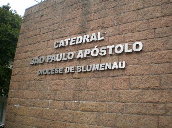 Catedral Sao Paulo Apostolo - Igreja Matriz: Entrada da Catedral