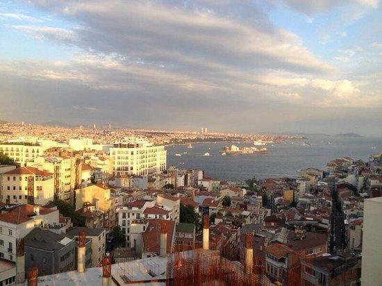 CVK Hotels Taksim: Tramonto dalla terrazza