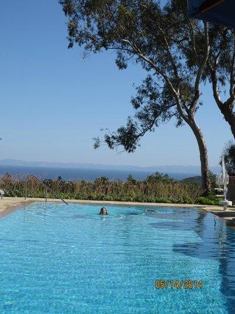 Belmond El Encanto: Infinity pool overlooking ocean