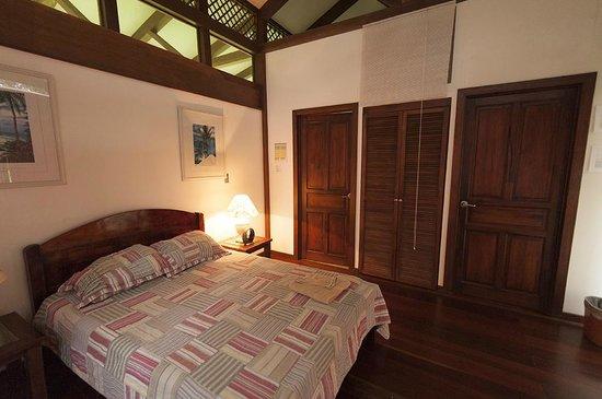 Kenaki Lodge: Interior de la Habitacion