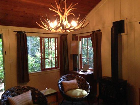Glen Oaks Big Sur : Living Room for Big Sur Cabin