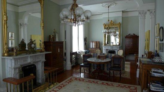 The Parsonage Bed and Breakfast : Le salon