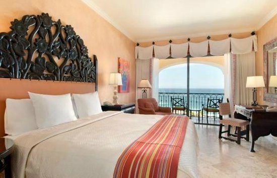 Hilton Los Cabos Beach & Golf Resort : Example of our room