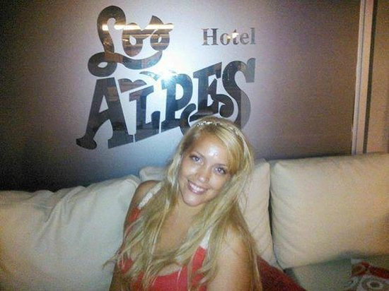 Hotel Los Alpes : recepcion