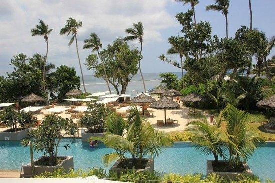 Kempinski Seychelles Resort: Вид с ресэпшна