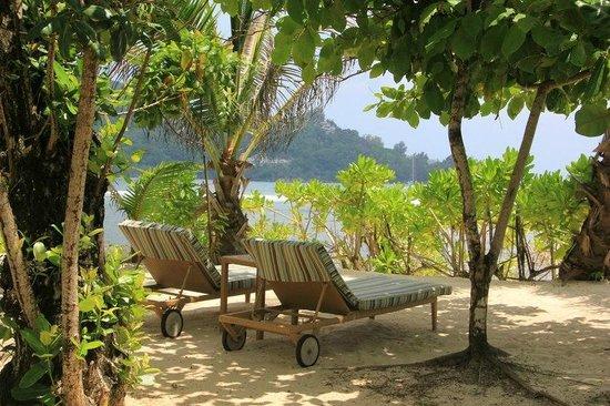 Kempinski Seychelles Resort: Возле пляжа