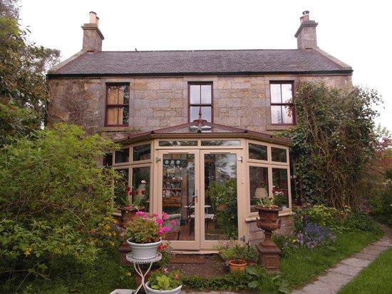 Dalqueich Farmhouse: the house