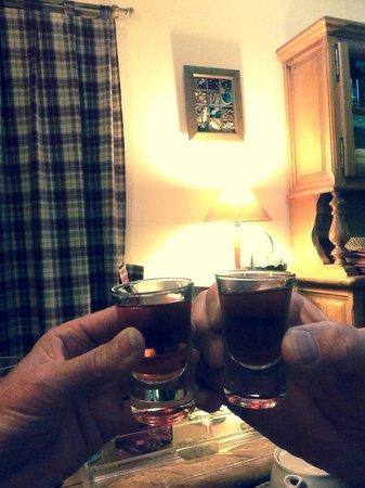 Hosteria de Zubiri : A beautiful liqueur on the house was delicious and appreciated
