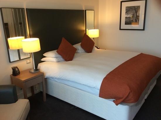 Hilton Dublin Kilmainham: room