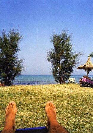 Angela Beach Hotel: beach area