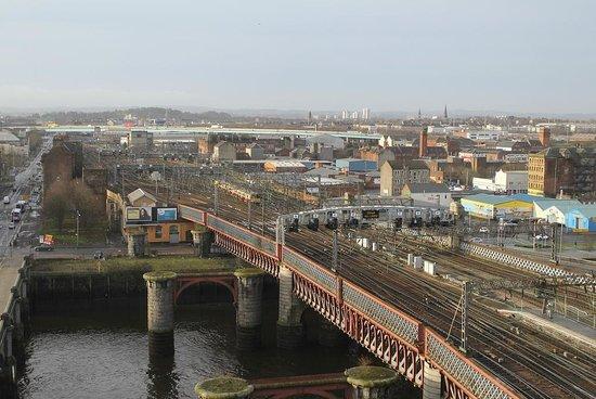 Jurys Inn Glasgow: Room 906 View