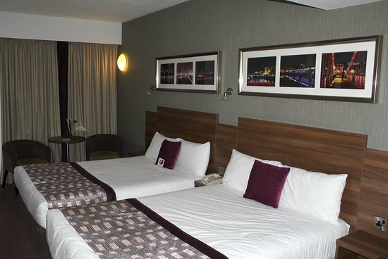 Jurys Inn Glasgow: Room 906