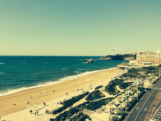 Le Windsor Grande Plage Biarritz: View from superior sea view room